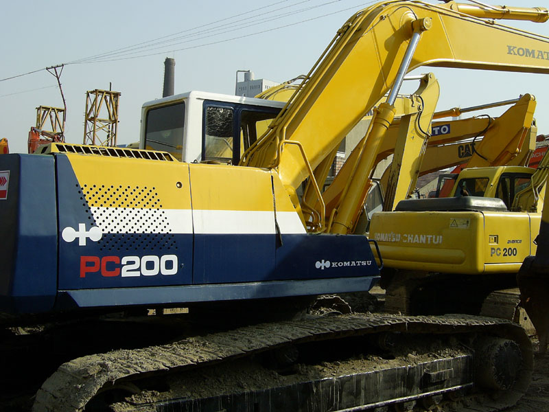 大型挖掘机价格表 小型挖掘机价格 河北二手挖掘机图片