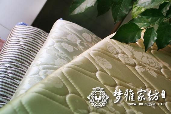 供应深圳学生床垫深圳员工宿舍床垫