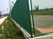安平体育场护拦生产厂家图片
