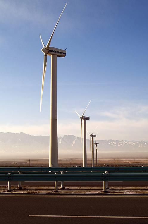 供应风力发电机组塔筒图片