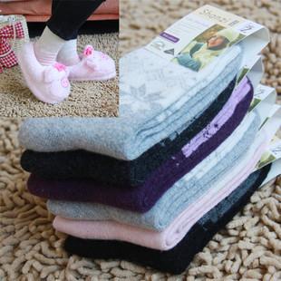 供应韩版孕妇装秋冬之加厚雪花羊毛袜批发