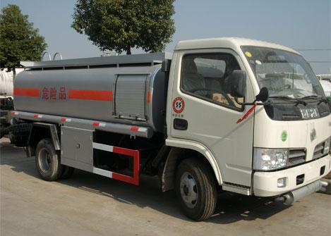 供应小型3吨加油车加油站的好机械5吨加油车销量世界批发