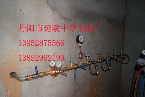 供应气体汇流排气体充灌排气体充灌台气体集中供气设备集中充气设备