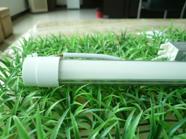 标签: 日光灯管图片简述:LED灯管,LED日光灯采用最新的...