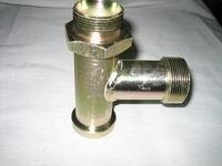 供应主油泵三通销售