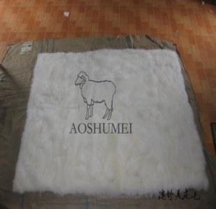 供应羊毛床毯180200cm