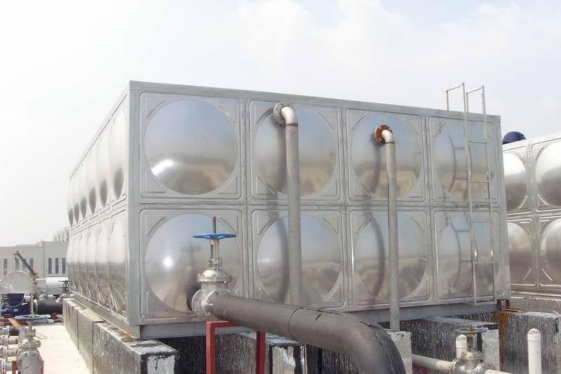 不锈钢屋顶水箱制作