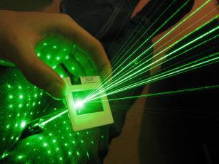 满天星绿光激光笔100MW图片