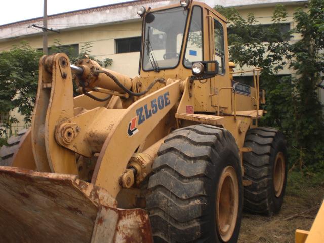 供应龙工装载机的代理商、二手铲车装载机批发