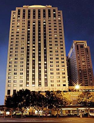 九龙香格里拉大酒店(kowloon shangri-la)周围有什么吃饭的地方或餐厅
