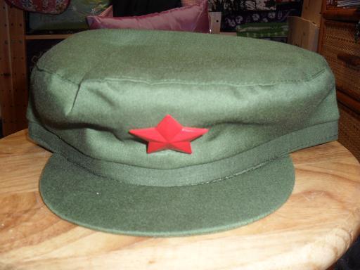 收藏批发现货供应红卫兵军帽可以做为演出用红卫兵帽带五角星图片