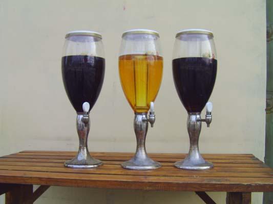 青岛扎啤杯