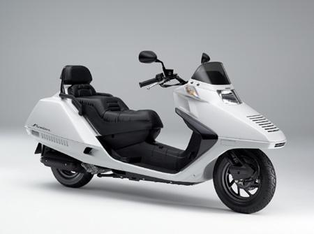 供应全新原装本田cn250 进口踏板摩托车