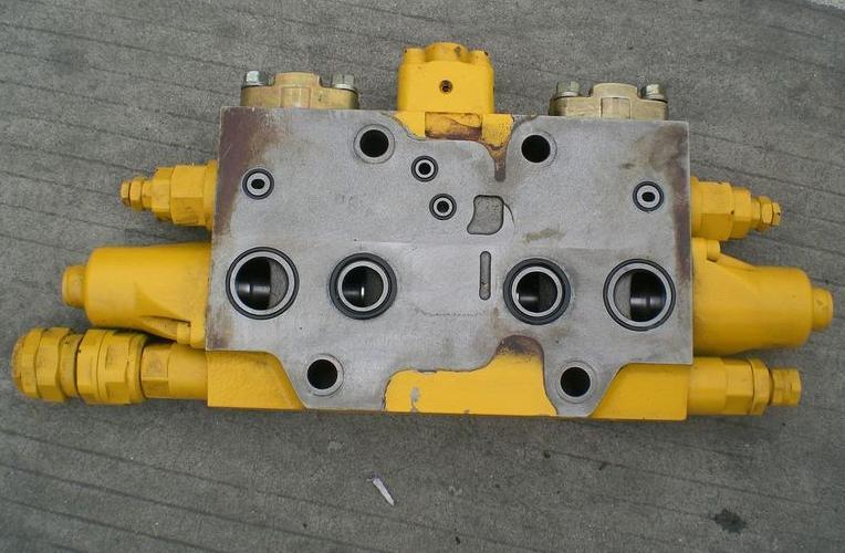 供应小松分配阀,pc200分配阀图片大全图片