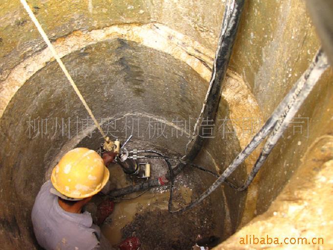 柳州博奥达生产供应商供应沟渠岩石拆除设备,液压劈裂机