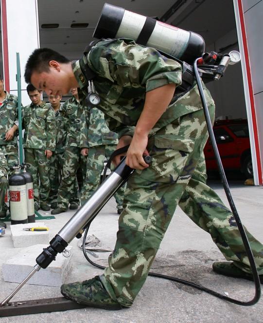 供应-便携式多功能救灾工具-气动破拆工具 图片|效果图