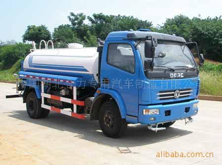 供应东风多利卡六吨洒水车