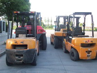 供应成都设备搬运公司,搬厂公司,大型企业及厂矿搬迁服务批发