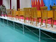 铁管拼装舞台升降舞台玻璃演出舞台图片