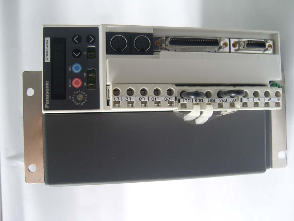 标签: 驱动器图片简述:德毅达是专业销售三星中古二手机器:...