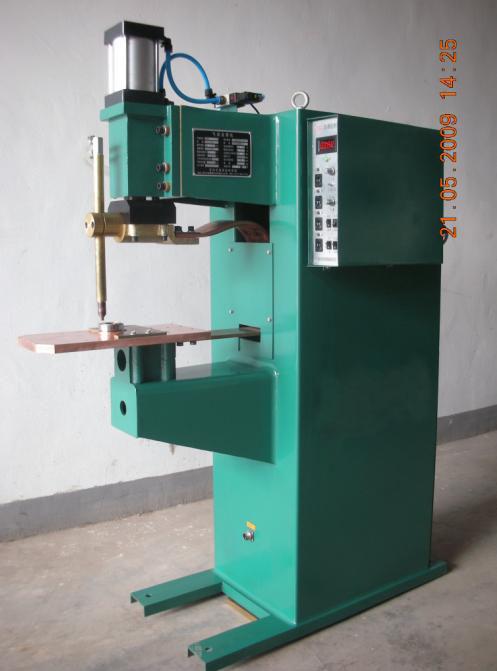 供应滚针轴承热铆焊机图片