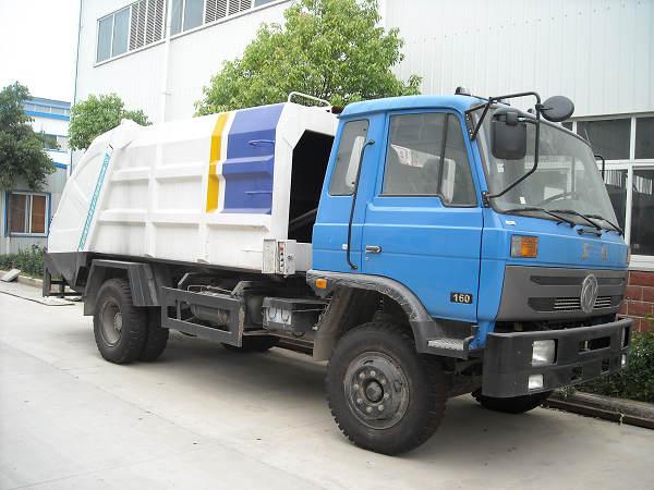 供应东风压缩垃圾车,程力压缩垃圾车图片