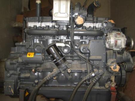 柴油泵 供应小松pc240-8发动机液压泵分配器回转行走全车各种配件  上图片