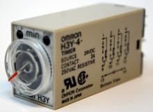 供应H3Y-4 AC220V 60S 欧姆龙延时继电器