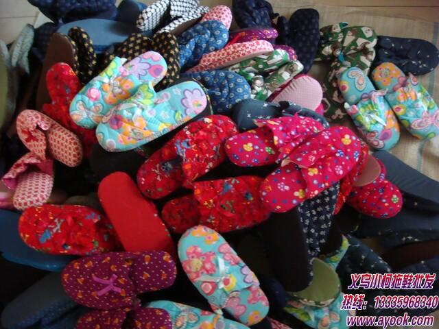 供应手工棉拖鞋,这种纯手工棉拖鞋是一针一线缝制的棉拖鞋,批发价格图片