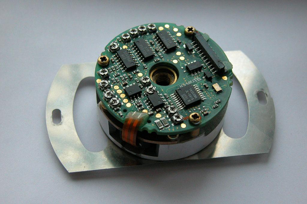 编码器图片 编码器样板图 安川编码器08AWF 青岛驰远数控