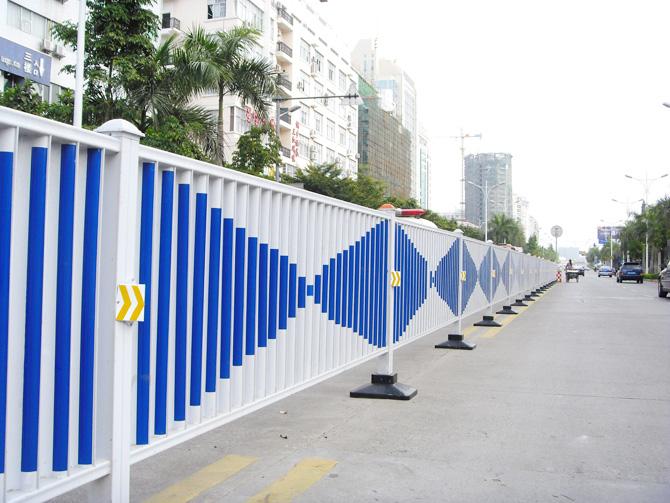 热镀锌防眩光钢质静电喷涂道路护栏图片/热镀锌防眩光钢质静电喷涂道路护栏样板图
