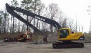 沃尔沃挖掘机加长臂20米图片