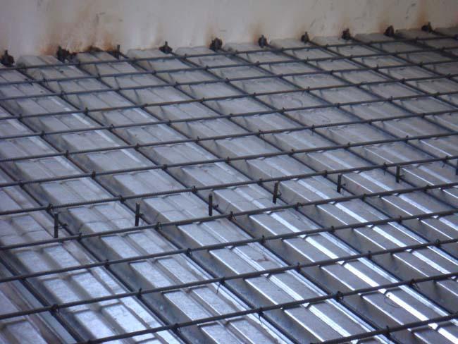 主要的工程项目有:彩钢活动房,阳光棚,仿古楼,轻,钢结构阁楼,楼梯等