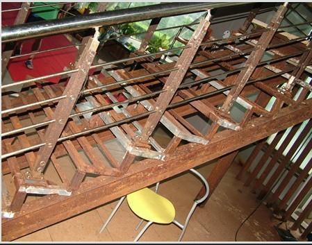 江苏防腐公司钢结构防腐钢架防腐铁塔防腐烟囱刷航标