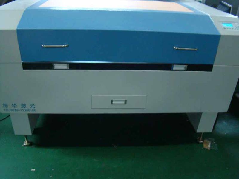 大幅面皮革布料自动裁剪机,裁断机 -一呼百应资讯频道