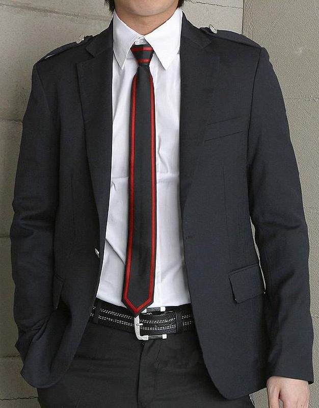 qq头像男生帅气领带