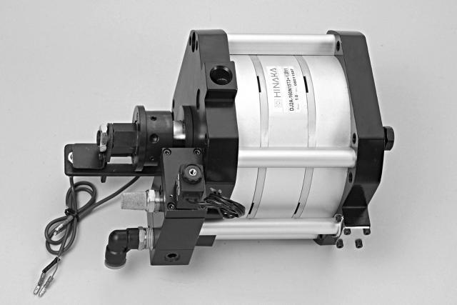 印刷(张力控制),半导体(点焊机,     芯片研磨),自动化控制,机器人图片