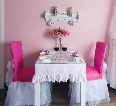 家庭欧式餐桌布效果图