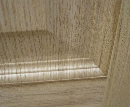 贴面模压门板表面既具有精致,自然的木材纹理,充满木质感。同时和自然木材相比,又具有质地紧密,不开裂,不易变形,能防止膨胀,收缩和翘曲的特点 我公司愿与国内外客户诚挚合作,共创明日之辉煌! 联系电话:03165250808 传真号码:0316-5250747 随时通讯:15930685230 联系人:张小姐 在线通讯: qq:173848792 阿里旺旺:huifamuye0808 邮箱:huifamuye@yahoo.